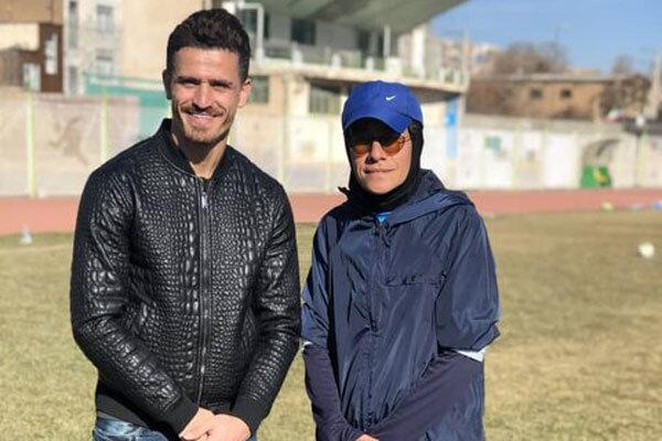 وریا غفوری در تمرین تیم فوتبال بانوان وچان کردستان