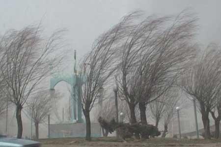 وزش باد شدید و فعالیت سامانه بارشی در بعضی مناطق کشور